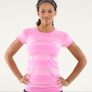 | Lululemon | Swiftly Tech Short Sleeve Stripe Tee